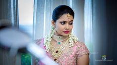 43 Indian Brides Who Mesmerised The World By Adding Jasmines To Their Hairdo South Indian Bridal Jewellery, South Indian Weddings, South Indian Bride, Bridal Jewelry, Bridal Braids, Half Saree Designs, Bridal Gallery, Bridesmaid Bracelet, Gold Fashion