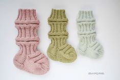 All three are made with the same amount of stitches and rounds, but with different yarns and needles.