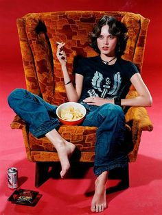 I had a very similar chair to this not so long ago. I don't drink or smoke, but I did eat lots of chips in it.