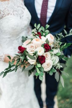 Rose and greenery wedding bouquet: Photography: Katie Stewart Photography - www.KatieStewartPhotography.com Read More on SMP: http://www.stylemepretty.com/canada-weddings/2017/04/24/classic-and-romantic-fall-wedding/