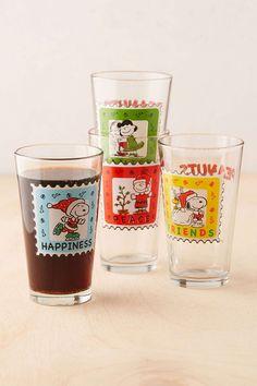 Peanuts Christmas Pint Glass Set