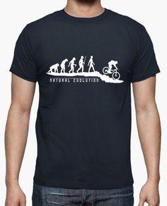 Camiseta Natural Evolution MTB: Para algunos es simplemente un deporte, para otros, es la razón de la evolución humana ;), Enduro, ciclismo de montaña. Create T Shirt Design, Retirement Gifts For Men, Mountain Biking Quotes, Cycling T Shirts, Spring T Shirts, Bike Quotes, Mtb, Funny Tees, Cool Shirts