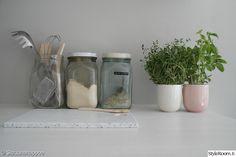 säilytys,keittiön pikkutavarat,ruukku,lasipurkit