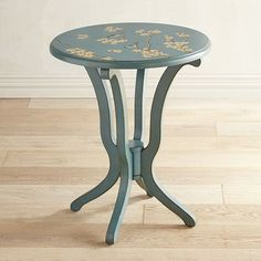 Daffodils are also known as Narcissus. And like the Greek character for whom it's named, it's hard to take your eyes off our Daffodil accent table. Decorated with hand-painted peach blossoms and birds on a smoke blue finish, it brings a springtime vibe to any room. And its dimensions provide the versatility to place it next to a sofa or a bed. Can you look away?