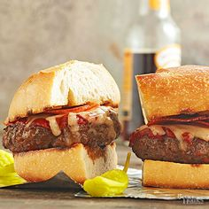 Have the best of both worlds when it comes to crowd-pleasing favorite foods. With Italian sausage and pepperoni in the mix, and topped with tomato sauce and mozzarella, you'll wonder why you never tried this burger combo before./