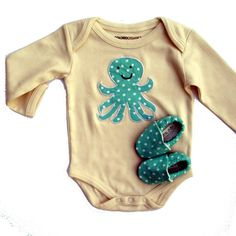 Octopus Organic Baby Gift Set When Sam has a baby if this is not available and you are crafty I will pay anything oceany.