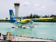De Havilland Canada DHC-6-310 Twin Otter aircraft picture