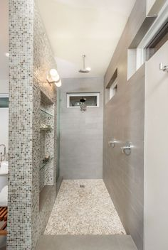 Top 36 Best Walk-In Shower Ideas for 2020 & Go for Showers Without Doors! Source by decorsnob The post 36 Luxury Walk-In Shower Ideas for your Bathroom Modern Shower, Modern Bathroom, Master Bathrooms, Small Bathrooms, Master Baths, Chic Bathrooms, Dream Bathrooms, Contemporary Bathrooms, Master Bedroom