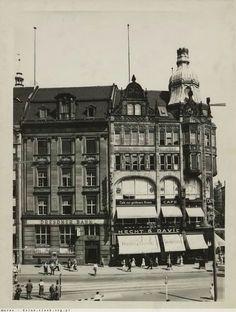 Budynek z Cafe zur goldenen Krone zbudowany na miejscu kamienicy Pod Złotą Koroną.   Dodał: maras° - Data: 2011-02-18 17:36:02 - Odsłon: 586 Rok 1933
