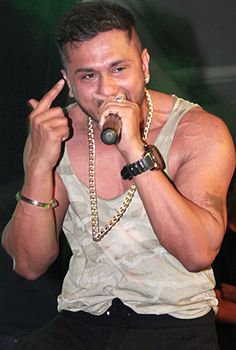 Honey Singh to lend his voice for Besharam!