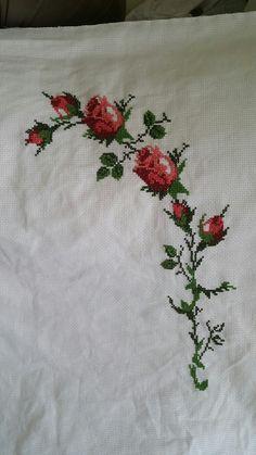 Cross Stitch Flowers, Cross Stitch Charts, Baby Knitting Patterns, Cross Stitching, Ftm, Embroidery, Crochet, Floral, Bath Towels & Washcloths