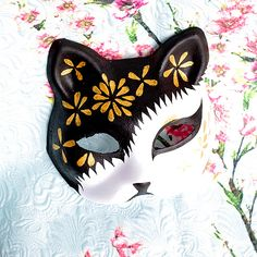 Half Face Hand-Painted Japanese Fox Mask Kitsune Golden Flower Pattern Cosplay Masquerade for Party Halloween A(China (Mainland))