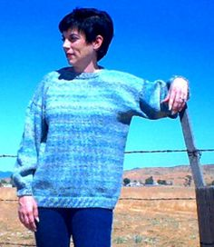 If you hate free knitting patterns for sweaters that feature tons of seaming and sewing, this is a great pattern to add to your must-knit list.