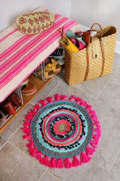 A great way to get rid of all your half-used balls of yarn and trims (and you even weave it on a homemade cardboard loom!).