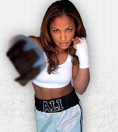Laila Ali - <b>Female Boxers</b> Kickboxing, Black Girls, Black Women, Beautiful People, Beautiful Women, Amazing Women, Beautiful Things, Female Boxers, Soccer