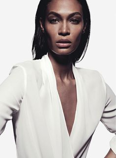 senyahearts: Joan Smalls by Todd Barry for Sunday Style Australia, August 2015 Joan Smalls, White Editorial, Editorial Fashion, Todd Barry, Latina Models, Real Style, Black Models, Top Models, Sleek Look