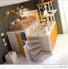 this would be an awesome room growing up