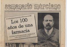 """Entre cartas, recetarios, revistas y fotografías, encontramos un ejemplar del Periódico """"La Verdad"""", fechado el 31 de mayo de 1987, en el que se rinde homenaje a D. Antonio Ruiz Séiquer, fundador, en 1.887, de la farmacia situada en el número 10 de La Plaza de San Bartolomé, en Murcia, donde actualmente sigue."""
