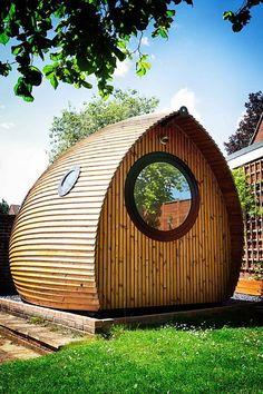 garden pod tiny house vacation rental 0001 Tiny House Vacations: Garden Pod Micro Cabin in Winchester