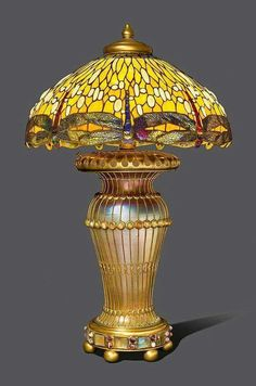 Tiffany Studios NY Dropped Dragonfly Design Lamp, Art Nouveau, I do that too! Tiffany Stained Glass, Stained Glass Lamps, Tiffany Glass, Leaded Glass, Louis Comfort Tiffany, Antique Lamps, Antique Lighting, Vintage Lamps, Chandeliers