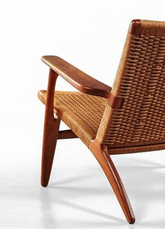 CH-25 Easy Chair by Hans Wegner, 1950. Manufactured by Carl Hansen & Søn, Denmark. Material papercord and teak....