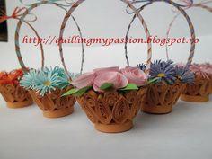 cestino di fiori quilling