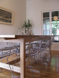 Bertoia chairs -- saw these at kentuck knob house too.