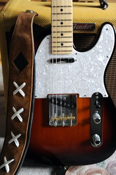 Body with Tweed Fender Blues Junior III in the back