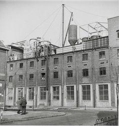 Zeepfabriek Dobbelman: Gedeelte van een fabrieksgebouw. 1950, Nijmegen