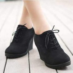 low priced d876b 40856 Shoes Women Lace up Casual Comfortable