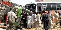 Seven killed in bus, truck collision in #Sahiwal