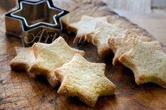 Biscotti allo zenzero cannella e arancia ricetta veloce, biscotti natalizi, ricetta facile, dolci alla cannella, idea regalo per Natale, biscotti da merenda, bambini