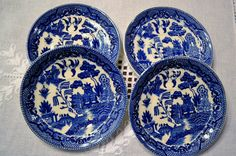 Vintage Blue Willow Saucer Set of 4 Replacement Japan Wall Decor Asian Theme PanchosPorch Asian Design, Vintage China, Cottage Chic, Buy And Sell, Wall Decor, Blue And White, Japan, Classic, Handmade