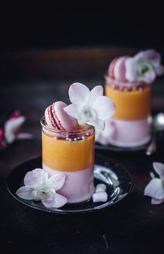 Fun bachelorette part dessert idea - marshmallow mousse Courtesy of Sugar et al #DessertIdeas Mini Desserts, Ice Cream Desserts, Just Desserts, Delicious Desserts, Dessert Recipes, Yummy Food, Gourmet Desserts, Italian Desserts, Shot Glass Desserts