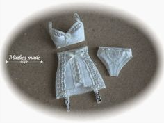 Marlies and minis: All in White
