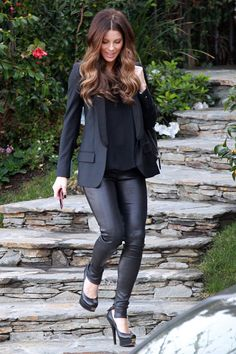 Bild från http://www4.pictures.stylebistro.com/pc/Kate+Beckinsale+spotted+getting+picked+up+ay6dLwk0T3cx.jpg.