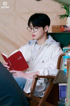 [Cha Eun-woo] Full of hope! Tea is a spring date with Woo ♥: Naver Post Hyungwon, Cha Eunwoo Astro, Astro Wallpaper, Lee Dong Min, Jamel, Sanha, Lee Jong Suk, True Beauty, Boyfriend Material