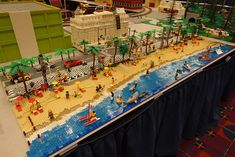 Lego Beach, Lego Village, City Layout, Lego Display, Lego Boards, Lego Trains, Toy House, Art Pictures, Art Pics