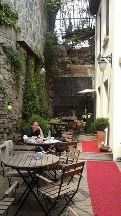 Interior court #summergarden #coffeeplace