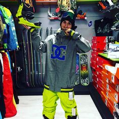 Completo #snowboard DC Shoes disponibile in #shop e #online www.lm-snowboardstore.it #dcshoes #unionbindings