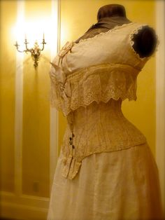 Antique Corset Exhibition & Historic Fashion Show III | Flickr - Photo Sharing!