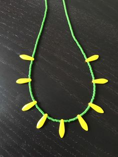 Green and yellow beaded necklace ! by Theshobs on Etsy