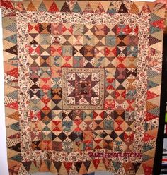Josephine in it's full glory! Antique Quilts, Vintage Quilts, Petra Prins, Miniature Quilts, Traditional Quilts, Star Quilts, Bohemian Rug, Scrap, Triangles