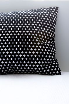 Pillow cover black and white plus signs // CarlijnQ
