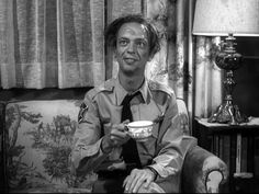 Don Knotts was a five-time Emmy winner for his role as Barney Fife. The over-anxious deputy with his unloaded gun remains one of the funniest sitcom character of all time. Funny Sitcoms, Funny Comedians, Barney Fife, Don Knotts, Tv Icon, The Andy Griffith Show, Old Shows, Comedy Tv, Great Tv Shows