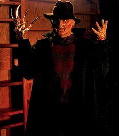 Robert Englund in Wes Craven's New Nightmare New Nightmare, Nightmare On Elm Street, Horror Icons, Horror Films, Wes Craven, Robert Englund, Famous Monsters, Freddy Krueger, Scary Movies