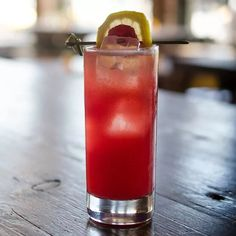Cocktails To Try, Spring Cocktails, Refreshing Cocktails, Classic Cocktails, Yummy Drinks, Grapefruit Soda, Whiskey Cocktails, Cocktails, Margaritas