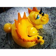 Dinossauro topper do bolo!A modelagem é toda comestível feita de flocos de arroz com marshmallow !!!