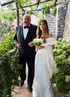 My father and I make our way down the terraces to the ceremony. He very sweetly hand-carried the veil that his grandmother wore at her wedding in 1925 with him on the plane to Italy.