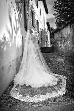 Abito da Sposa ARAB15629SL-SORAYA-B collezione Alessandra Rinaudo 2015, Alessandra Rinaudo